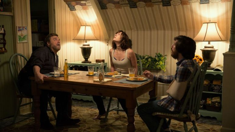 10 Cloverfield Lane1.jpg
